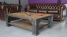 Table De Salon Industrielle : table basse deco industrielle ~ Teatrodelosmanantiales.com Idées de Décoration