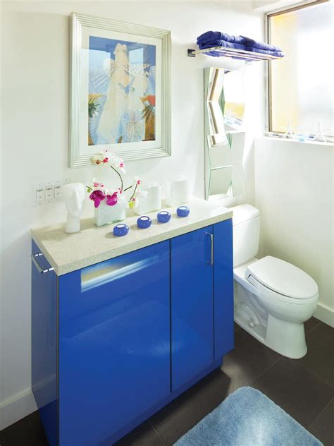 midcentury modern bathrooms hgtv
