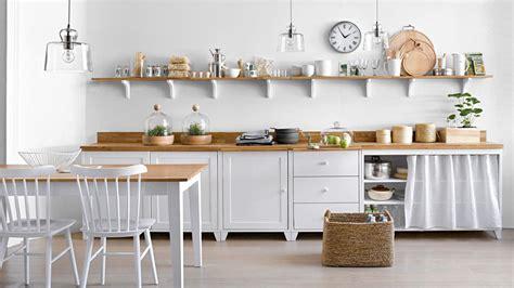 table etagere cuisine les étagères ouvertes dans la cuisine pour ou contre