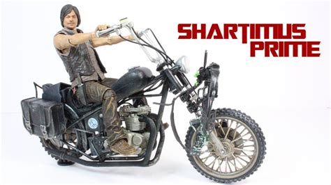 The Walking Dead Daryl Dixon With Chopper Deluxe Box Set