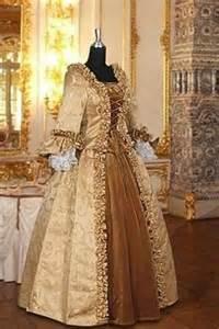 mariage au moyen age 1000 images about robes d 39 époque on robes patron couture and wedding dresses