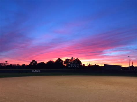 Softball Aesthetic Wallpapers Wallpaper Cave