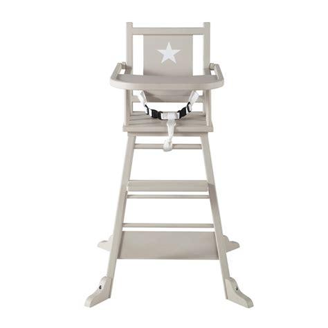 chaise haute pour bebe en bois taupe pastel maisons du monde