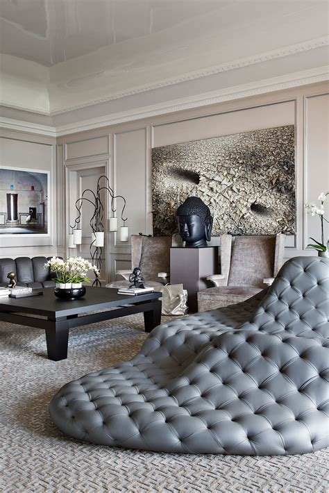 How can you have a Modern Classic Living Room?
