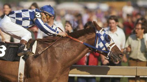 secretariat wins triple crown  horse racing