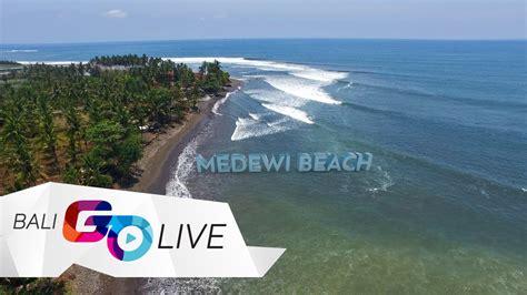 medewi beach  surfing spot  west bali