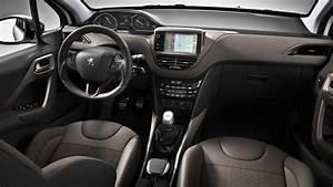 Interieur Peugeot 2008 Allure : novo peugeot 2008 2016 pre o fotos ficha t cnica consumo ~ Medecine-chirurgie-esthetiques.com Avis de Voitures