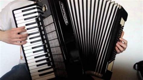 21 alat musik melodis : Berikut Yang Termasuk Merupakan Jenis Alat Musik Yang Dipetik Kecuali - Berbagai Alat