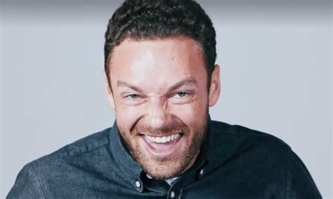 ross marquand walking dead impressions trending watch the walking dead s ross marquand does