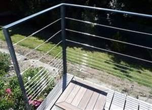 garde corps d39exterieur en metal a panneaux en verre With jardin autour d une piscine 10 terrasse en bois sur poteaux avec escalier moissannes