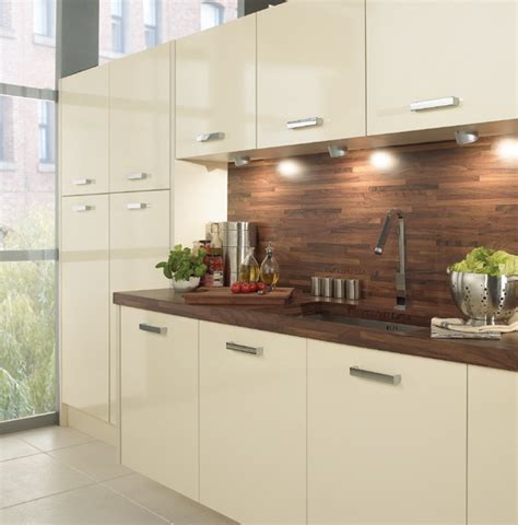 Best Wood For Cupboards by 25 Best Images About Kitchen Splashback Inspiration On