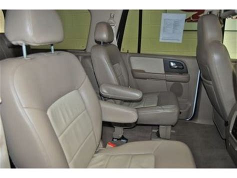 buy used 2005 expedition eddie bauer rear tv dvd captain