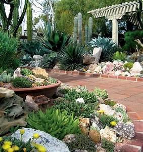 exemple de jardin de maison cobtsacom With grosse pierre decoration jardin 2 la galerie photos les jardins de bastide paysagiste
