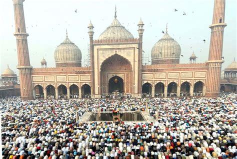 indias biggest mosque   built  kerala