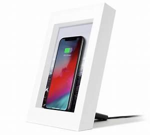 Recharge Telephone Sans Fil : et voici un cadre photo qui recharge l 39 iphone sans fil qi ~ Dallasstarsshop.com Idées de Décoration