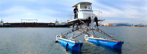 Catamaran Boat Suspension by Experimental Catamaran With Active X Y Z Stabilization