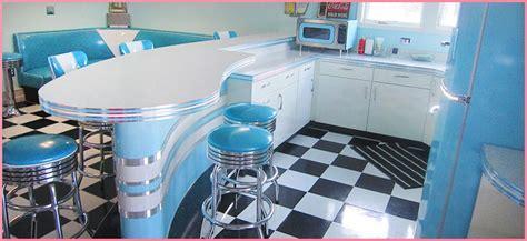 Retro Kitchen Ideas, Photos, Remodel, Furniture