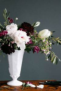 pictures of flower arrangements 4 Steps to Creating a Professional Flower Arrangement ...