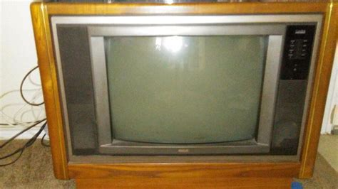 vintage console tv from the 90s rca 25 inch is ok ebay