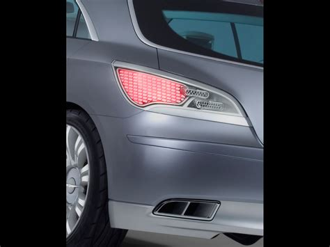 2007 Chrysler Nassau Concept Rear Light And Tail Pipes