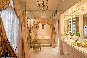 Joan Rivers' New York apartment 'where Marie Antoinette