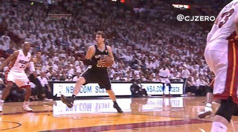 gifs  lebron james making freakishly athletic plays