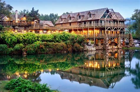 cedar lodge branson spa missouri wilderness resort usa listings
