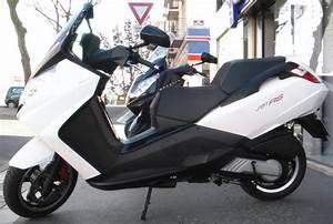 Scooter Peugeot Satelis 125 : essai peugeot satelis rs 125 4v ~ Maxctalentgroup.com Avis de Voitures