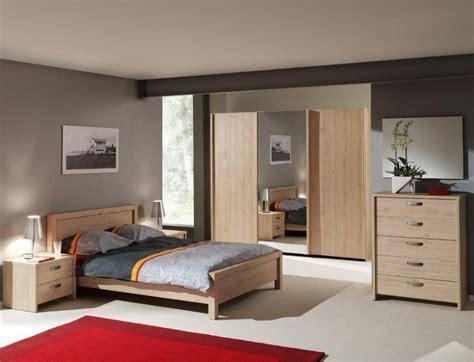 chambre avec italienne armoire contemporaine 3 portes coulissantes chêne italien
