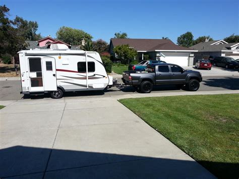 how heavy a travel trailer can i tow with a 12 4x4 road v6 tow package tacoma world