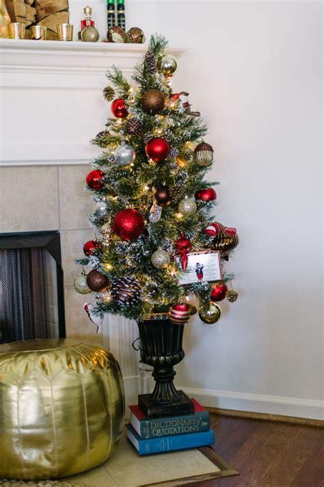 images  christmas living room  pinterest