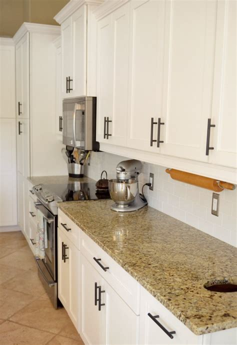 deep clean  kitchen spring cleaning tips