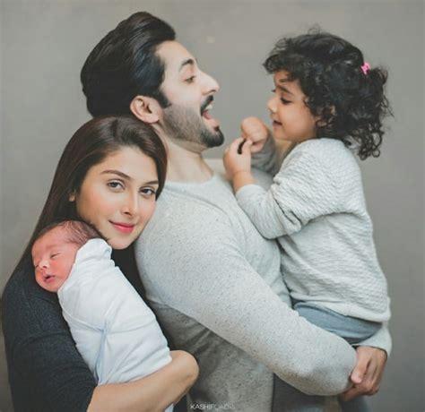 Ayeza Khan's Adorable Family Photoshoot! Reviewitpk