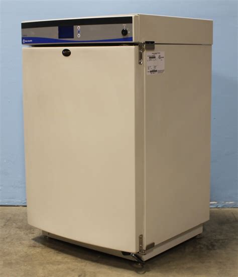 Fisher Scientific Isotemp CO2 Water Jacketed Incubator ...