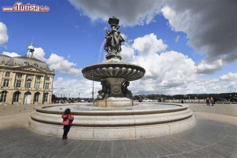 cdiscount bordeaux si e la fontana delle tre grazie di bordeaux si trova