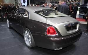 Rolls Royce Wraith : first look 2014 rolls royce wraith automobile magazine ~ Maxctalentgroup.com Avis de Voitures