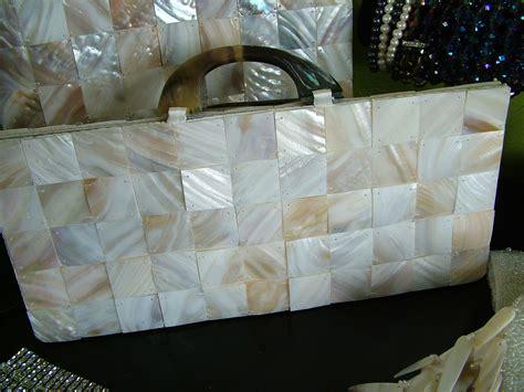 mother  pearl shell handbag  tres chicvery tres chic