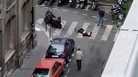 person killed  paris knife attack islamic state