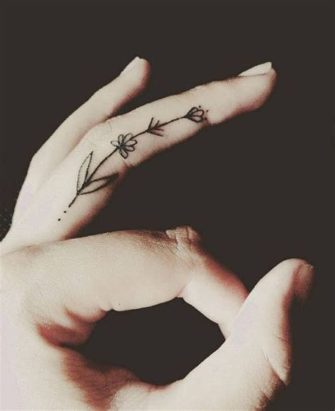 30 Cute Tattoos Every Girl Would Love To Try   Page 4 of 6