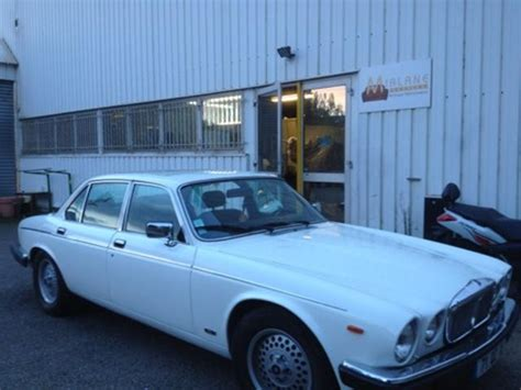 restauration siege voiture restauration complète intérieur cuir voiture daimler à