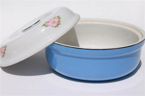 sale 1940s halls kitchenware covered vintage parade covered mixing bowl casserole dish