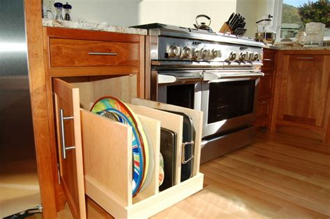 Pullout Tray Storage  Traditional  Kitchen  Burlington