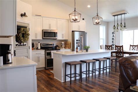 Modern Farmhouse Kitchen Reveal-sugar Maple Notes