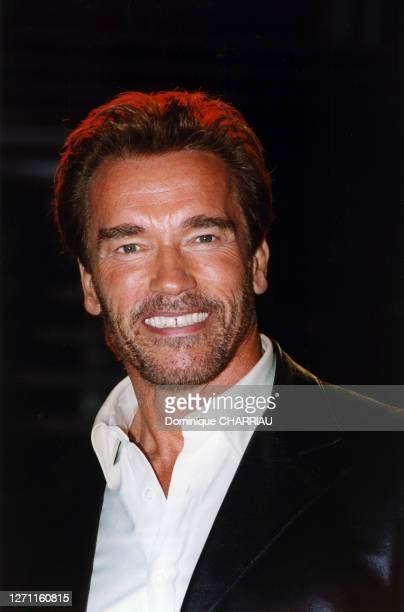 Arnold Schwarzenegger 1999 Photos and Premium High Res ...