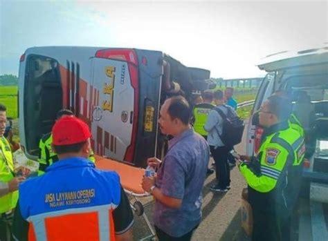 identitas korban kecelakaan bus eka  tol nganjuk