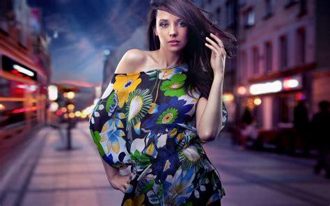 fashion girl  night city street wallpaper girls