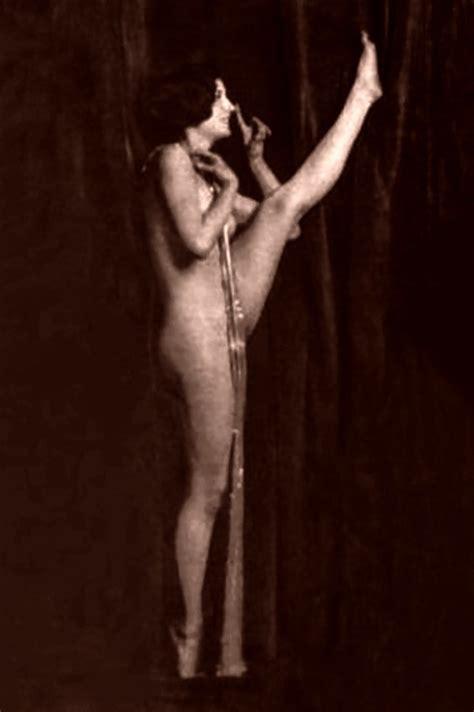 Barbara Stanwyck Nude Pics Page