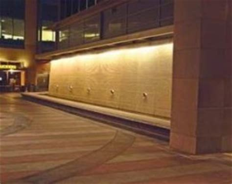 led wall wash luminaire provides energy saving choices for