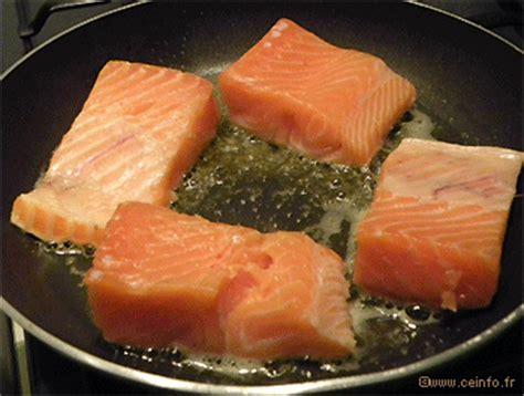 cuisiner pavé de saumon poele pavé de saumon à la crème et ses chignons les