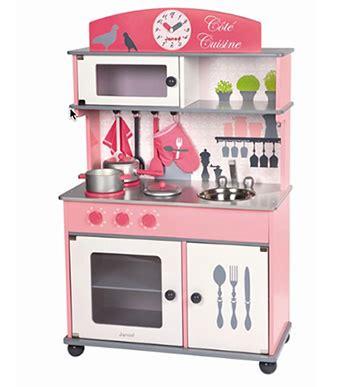 cuisine jouer cuisine jouet en bois quot côté cuisine quot janod les dégourdis